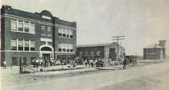 Briarglen Elementary School - Elementary Schools in Tulsa, OK - Street View